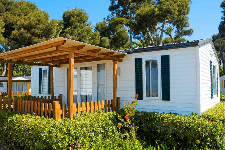 If you are looking to buy a home on a budget you may feel a little overwhelmed with questions. What do I need to know? What should I read? & Manufactured or Modular Homes are Classified Differently