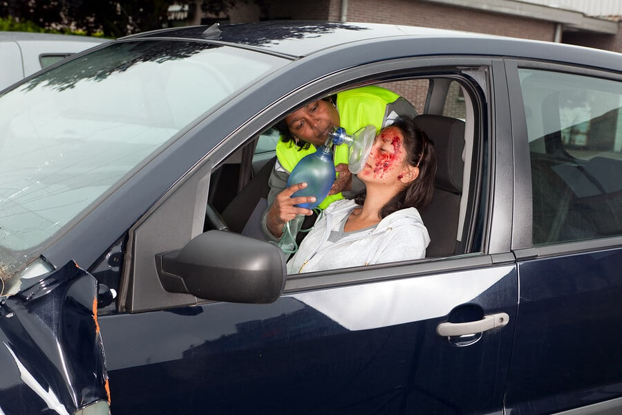 Woman with bodily injury during a car accident